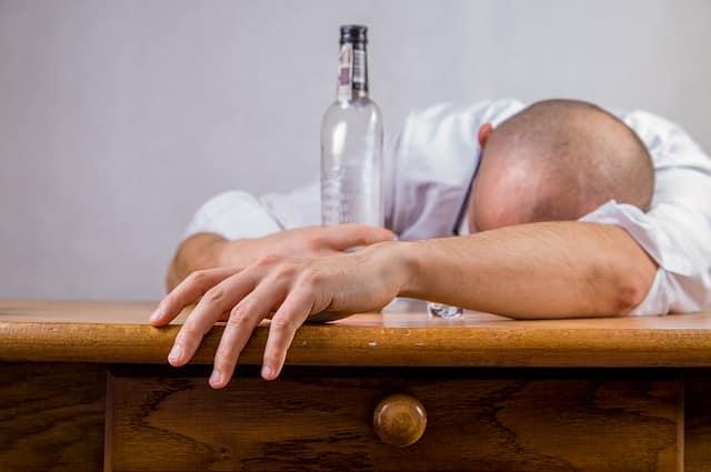 alcool, saoul, gueule de bois